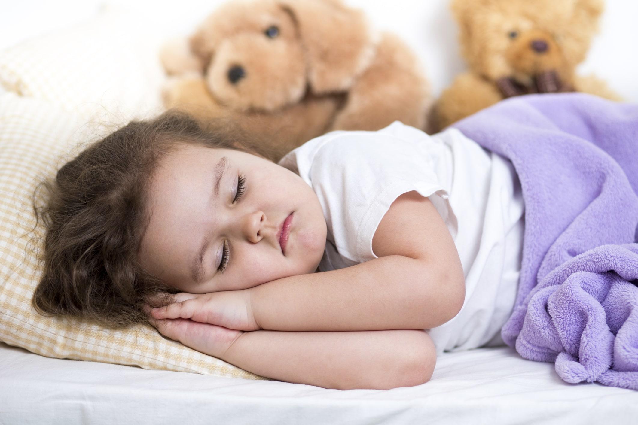 خواب-کافی-برنامه-نویس-تغذیه-سالم-کارمند